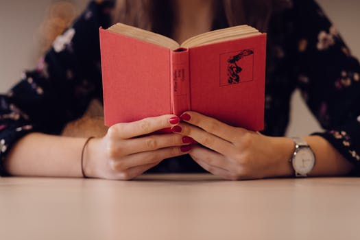 8 Novels That Will Help You Improve English Skills and Build